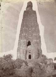 The Mahabodhi Temple at Bodh Gaya, before repairs